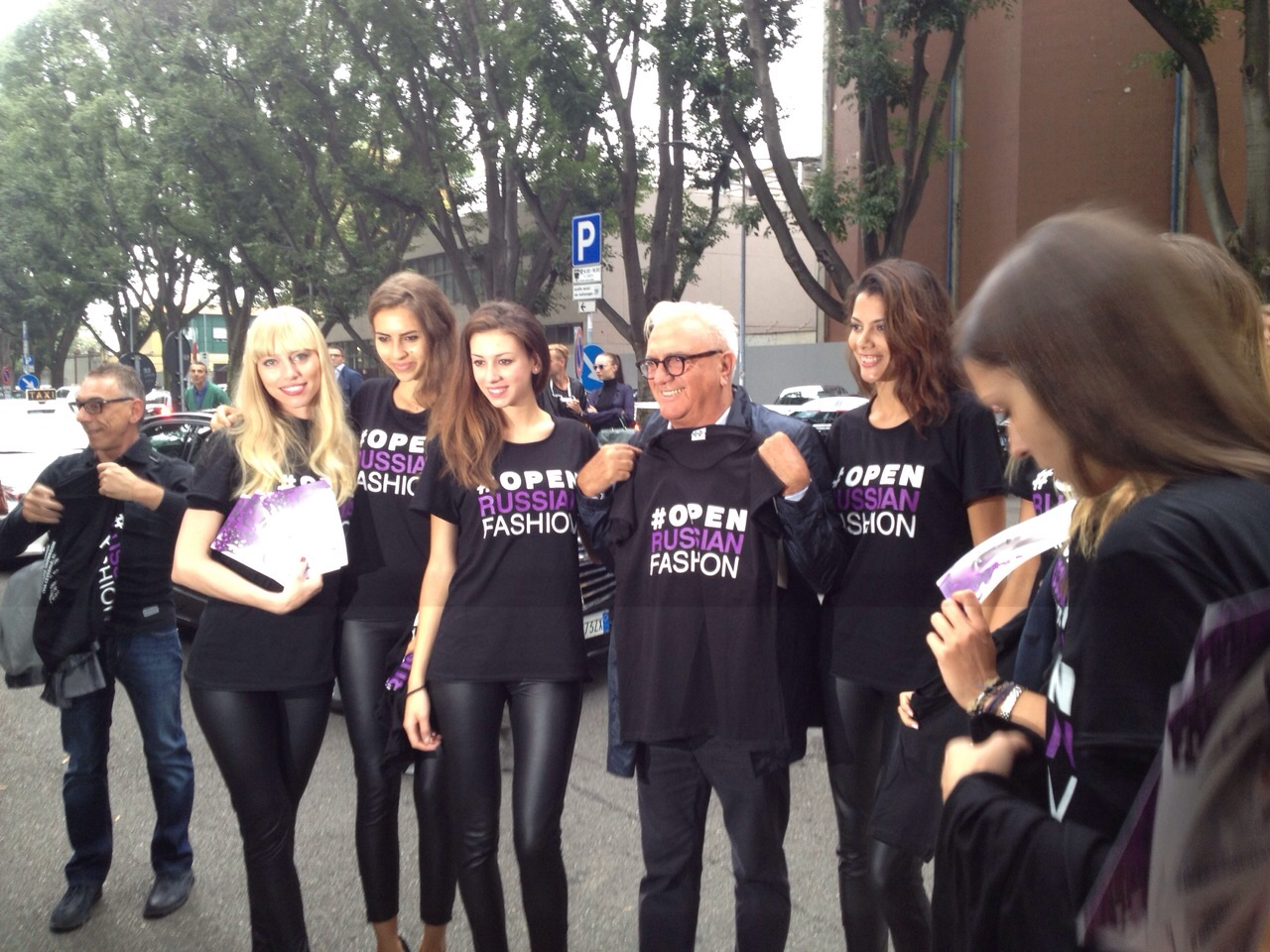 #OpenRussianFashion flashmob Super Milan Italy