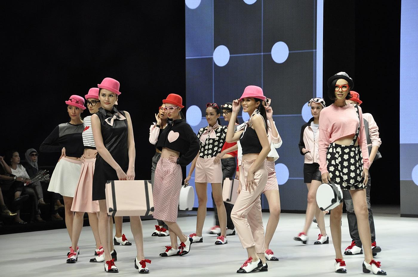 World Fashion Week Paris 2014
