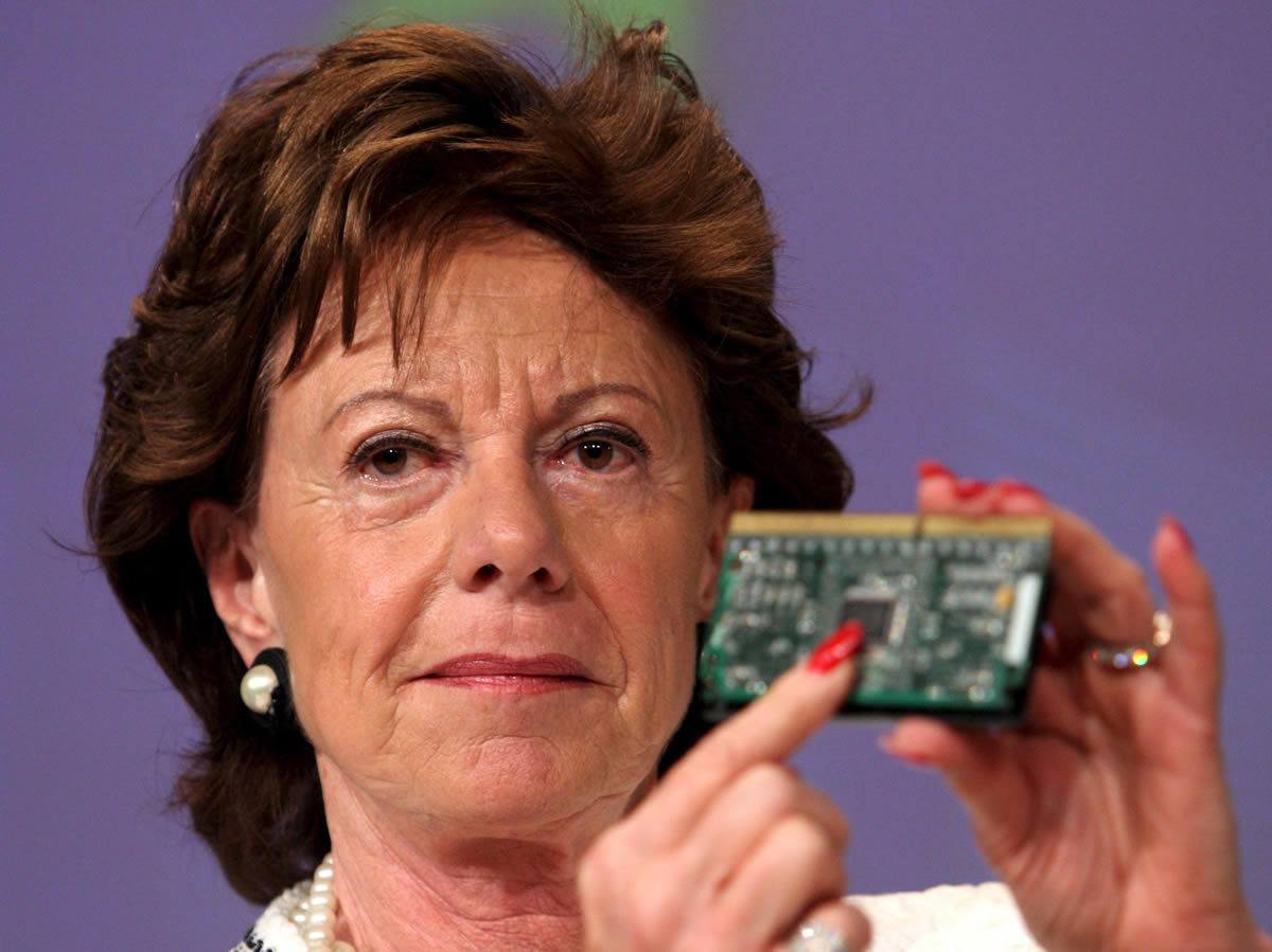 Ms Neelie Kroes gives a speech at Broadband World Forum in Amsterdam, 22 October 2014