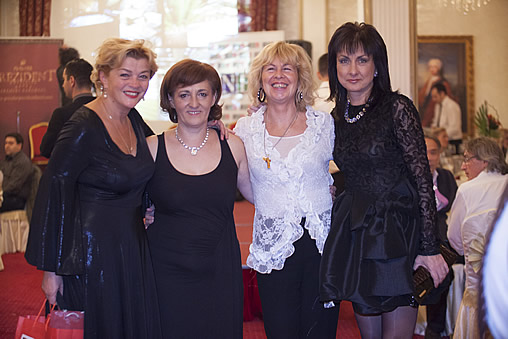 4 EFC member states – from the right Nadya VALEVA, Gabriella WALEK, Svetlana HORVAT, Amela RADAN