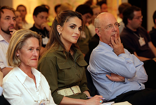 Queen Rania of the Hashemite Kingdom of Jordan, accompanied by Hilde and Klaus Schwab, Founder and Excecutive Chairman of the World Economic Forum
